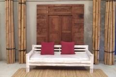Sofa Bambu Decorado con Alfombra Bambu