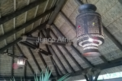 Interior de Pergola de Junco Africano con Iluminacion